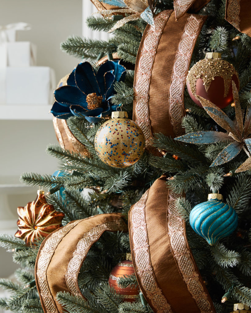 Balsam Hill's Georgetown Ornament set against our customer favorite Balsam Fir