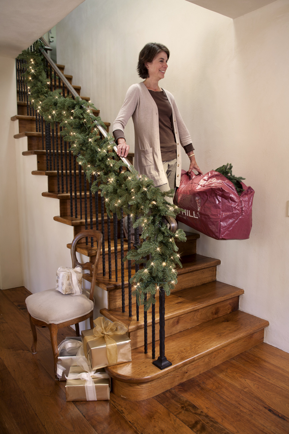 Taking Christmas decorations out of storage can be stress-free!