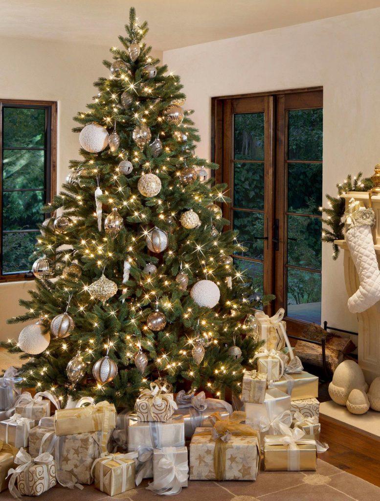 Castle Pine Peak Green artificial Christmas tree