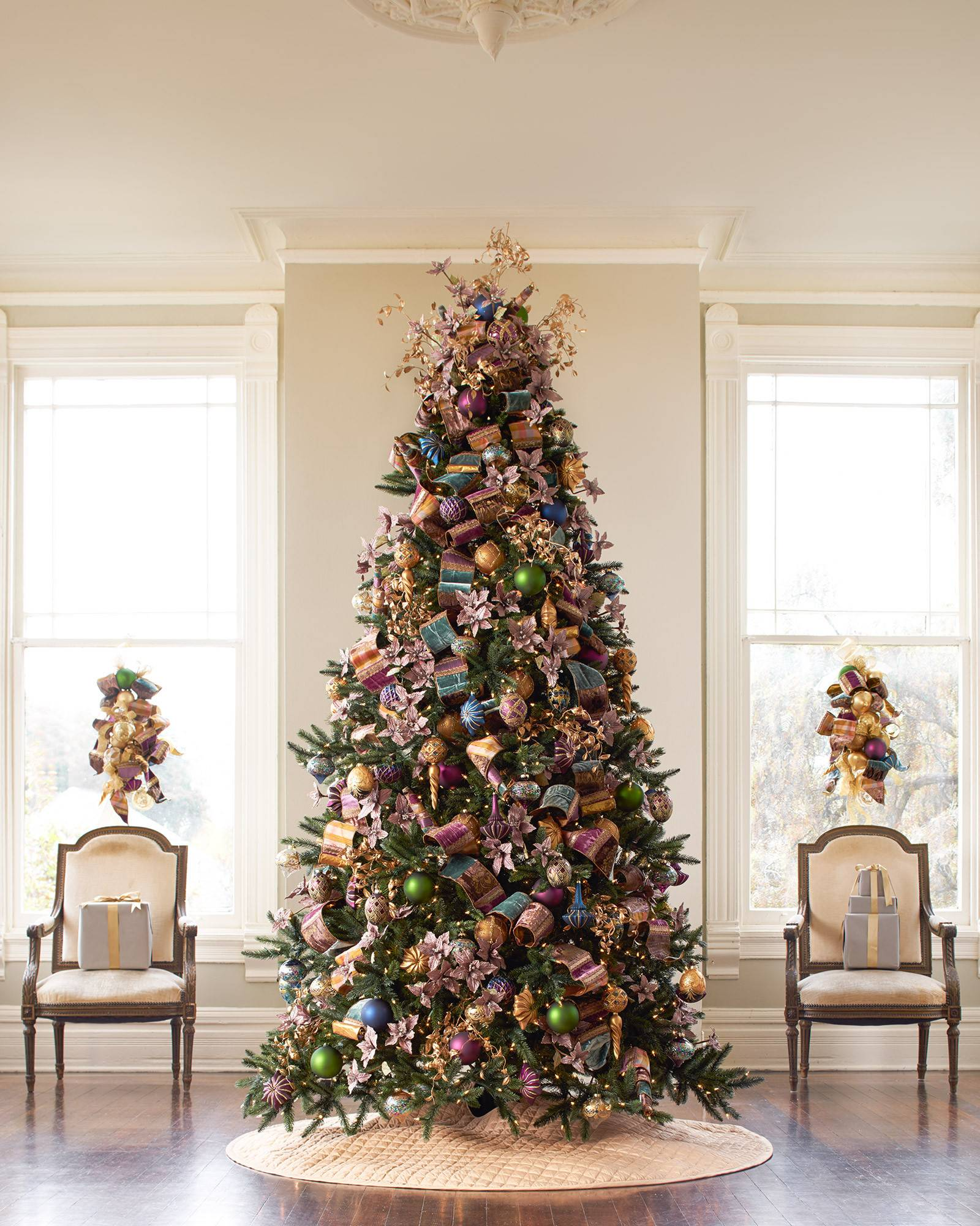 Large Christmas Tree: Balsam Hill's Best Christmas Trees For Large Spaces