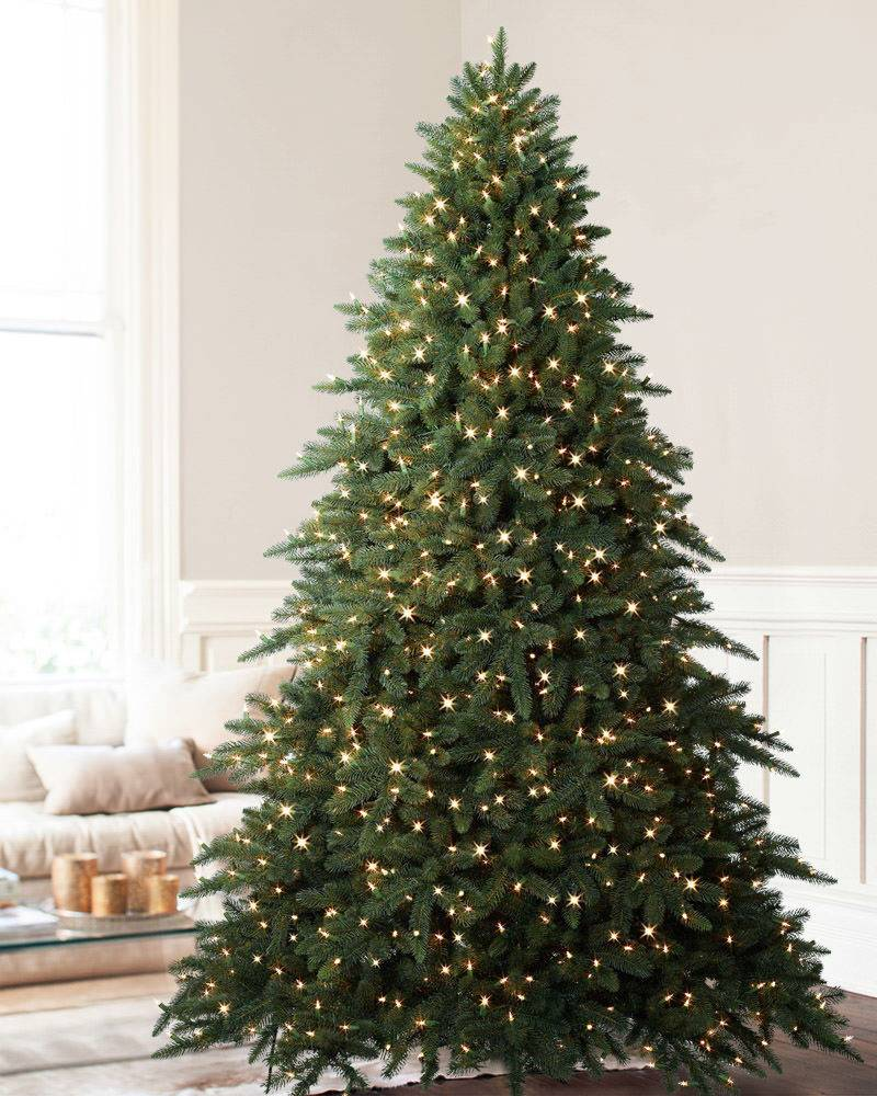 Balsam Hill S Best Christmas Trees For Large Spaces