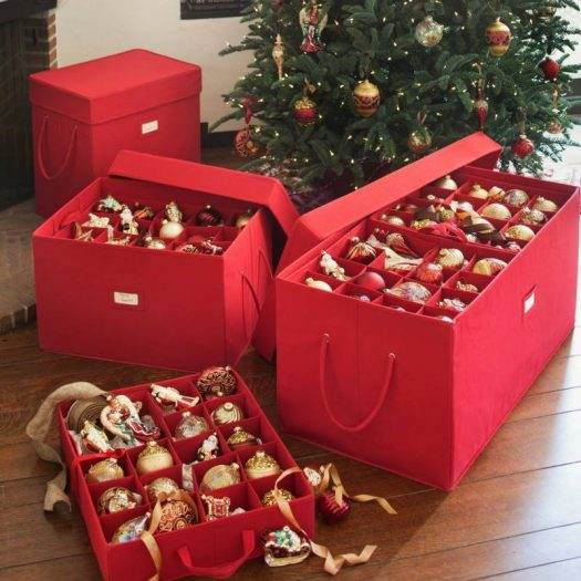 Having an organized container for baubles helps you avoid post-Christmas clutter