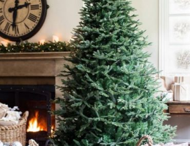 Fraser Fir Artificial Christmas Tree