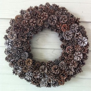 A bucolic wreath made of pine cones
