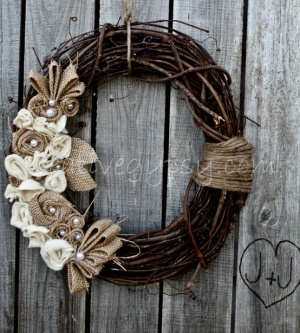 Twigs and branches in this autumn wreath add just the right amount of rustic lodge style