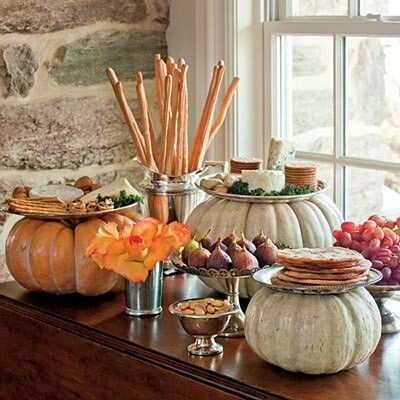 Pumpkin plate stands of different sizes