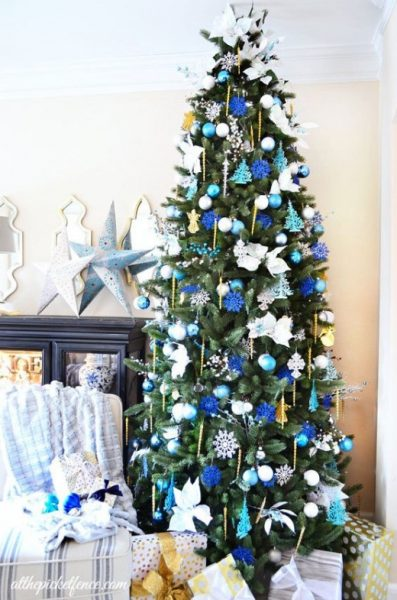 Blue color-themed Christmas tree