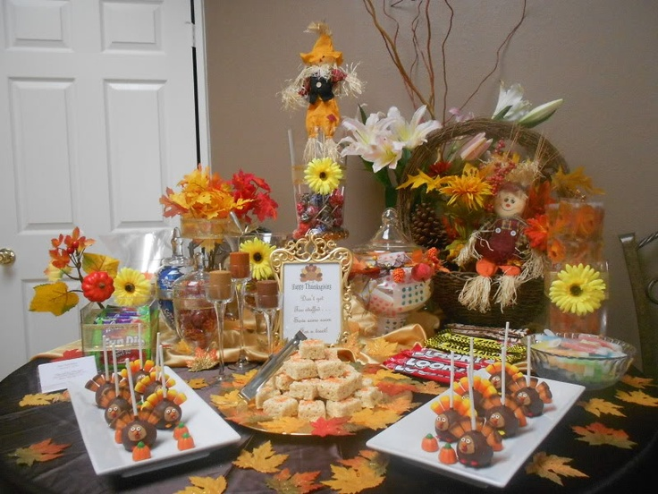 Christmas buffet table decorations - Thanksgiving Decorating Ideas Little Touches Of Welcome