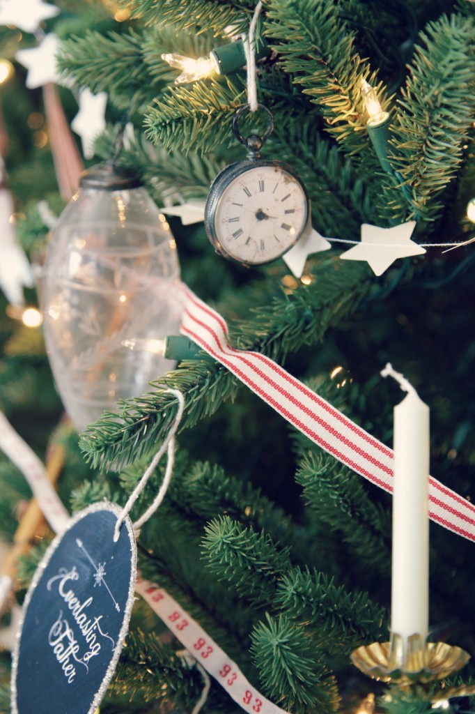 Jeanne Oliver shares her holiday decorating inspiration with Balsam Hill