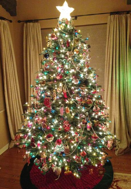 Pre Lit Christmas Tree With Colored Lights