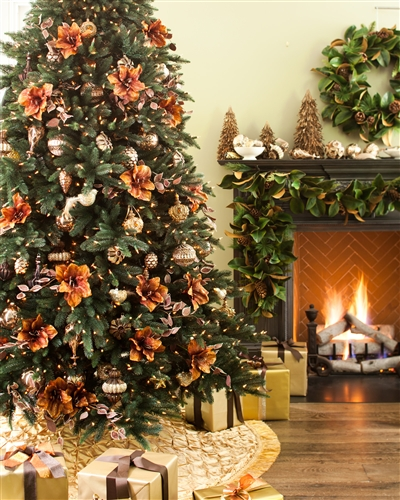 How to Decorate your Christmas Tree with Ornaments