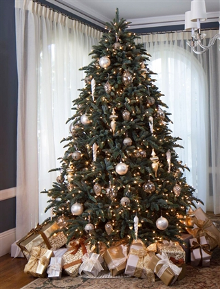 Winter Frost Decorating – Full Shaped BH Noble Fir Artificial Christmas Tree