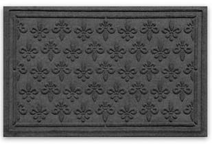 Fleur de Lis StormGuard™ mat from Balsam Hill