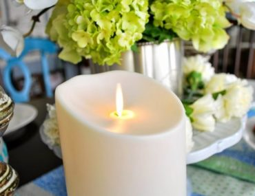 Allison's beautiful Mother's Day tablescape