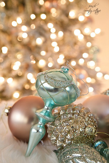 Balsam Hill Beaded Finials in Aqua