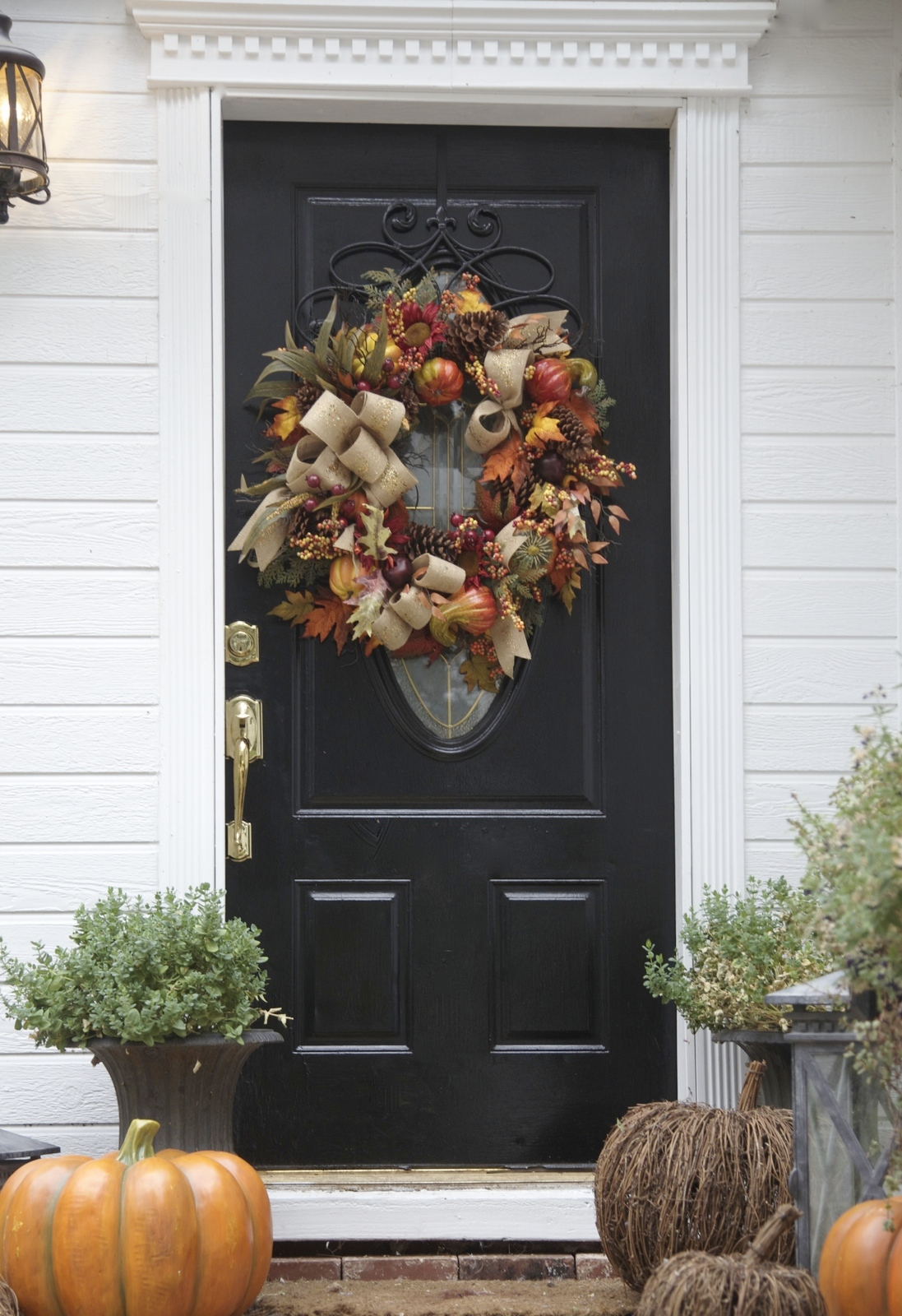 Autumn front door decoration 3 colorful looks balsam for 3 wreath door decoration