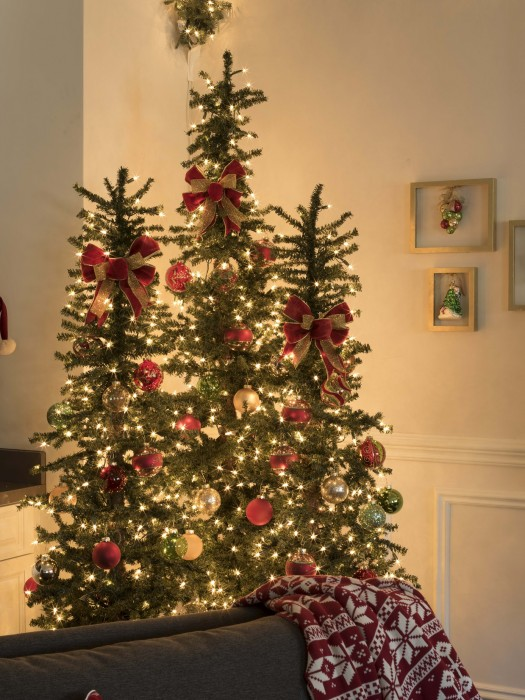Skinny trees: decorating solution for smaller spaces