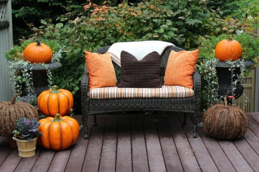 Warm hues come together in this welcoming display