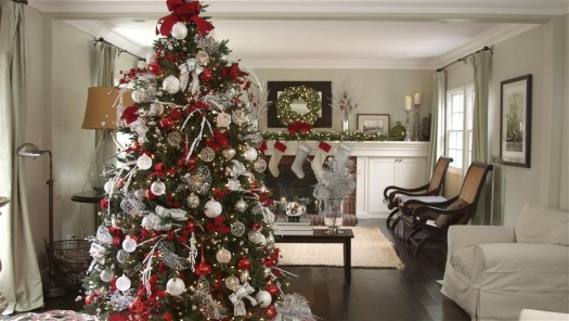 balsam hill39s red white and sparkle balsam hill saveenlarge christmas tree