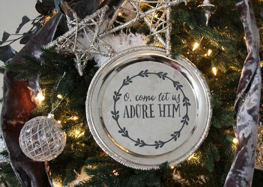 DIY Christmas Plate Decor