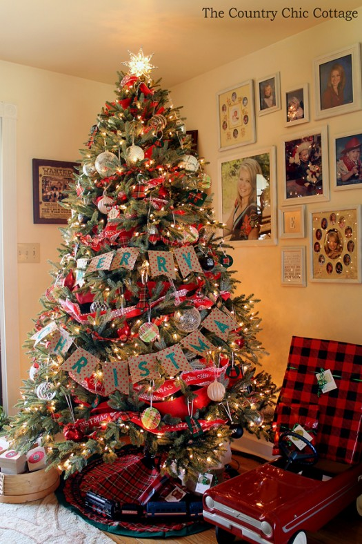 Christmas tree adorned in plaid accents
