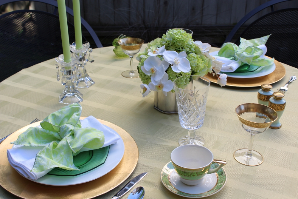 Dagmar's Mother's Day tablescape