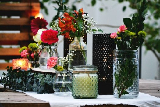 A simple yet elegant casual tablescape
