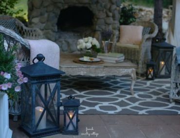 Outdoor Decorating for Night Gatherings