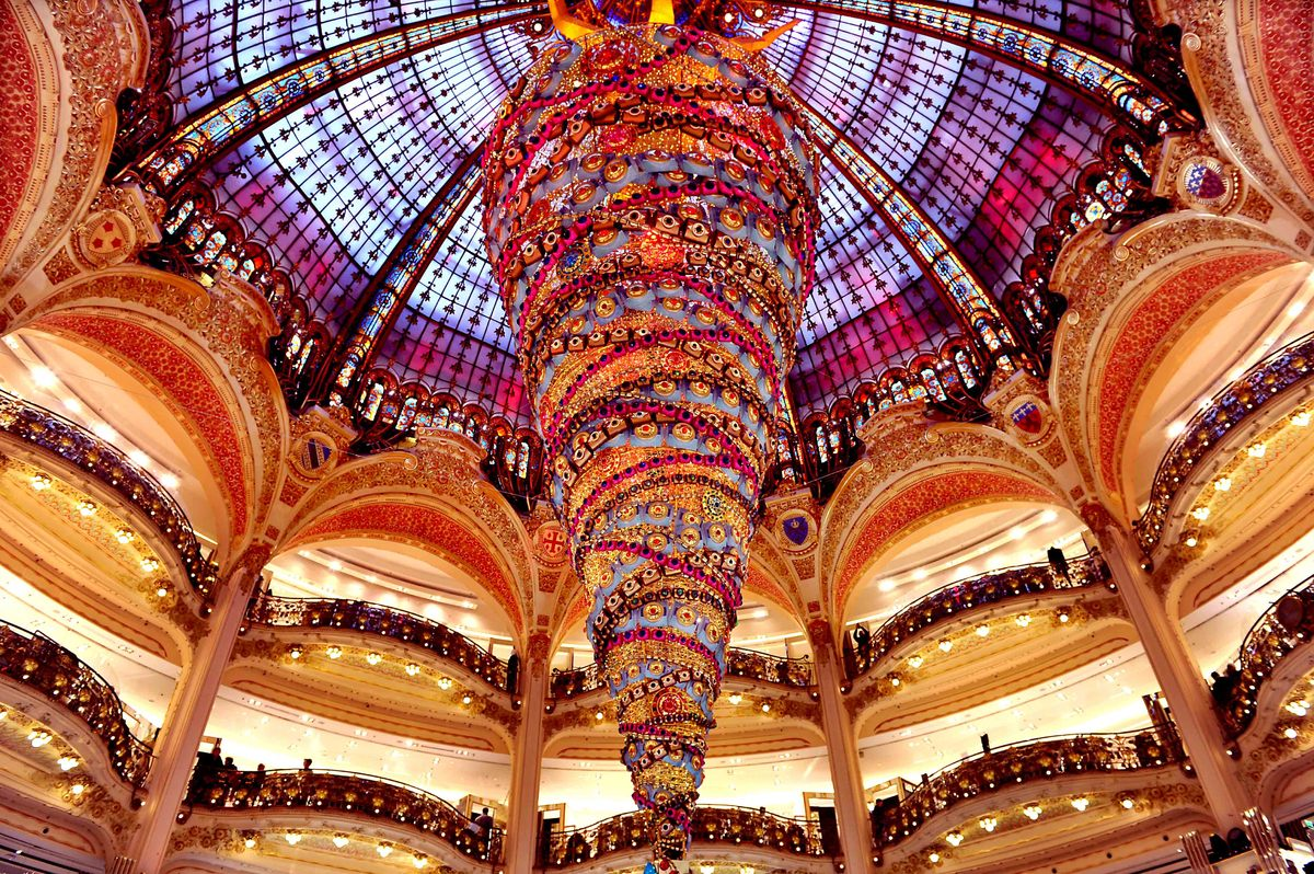 Upside down Christmas tree in Galeries Lafayette