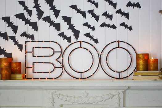 Balsam Hill's Halloween BOO Sign