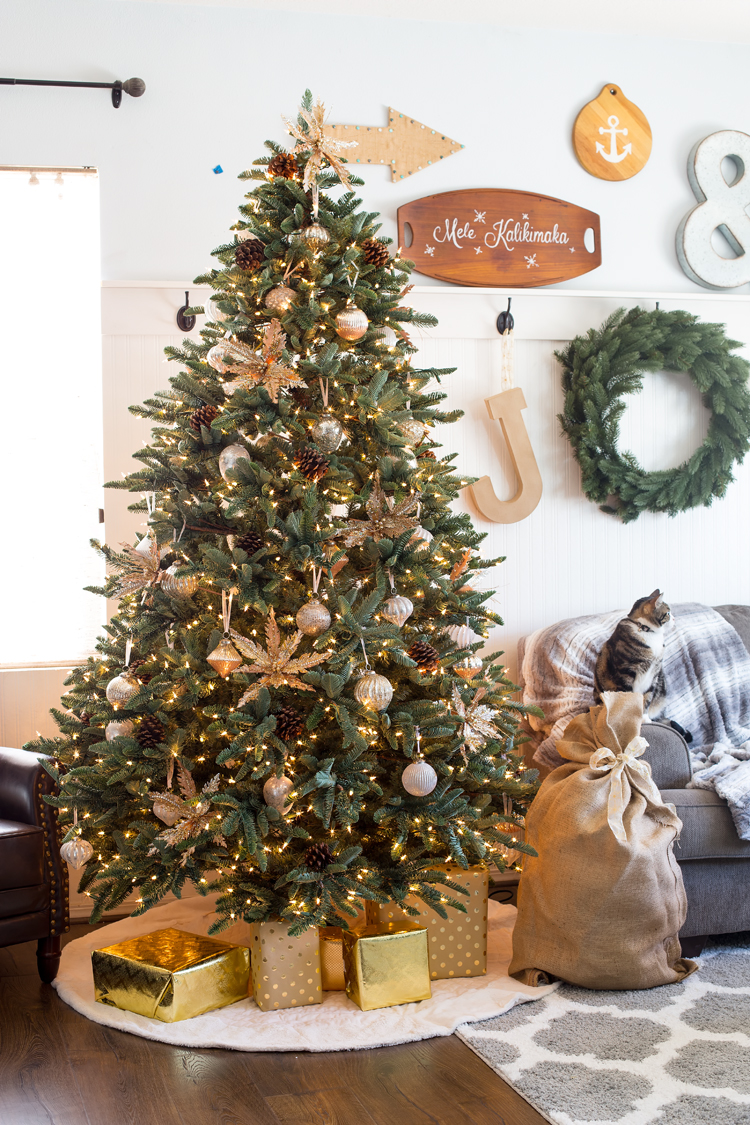 BH Noble Fir & French Country Ornaments used by Maryann of Domestically Speaking