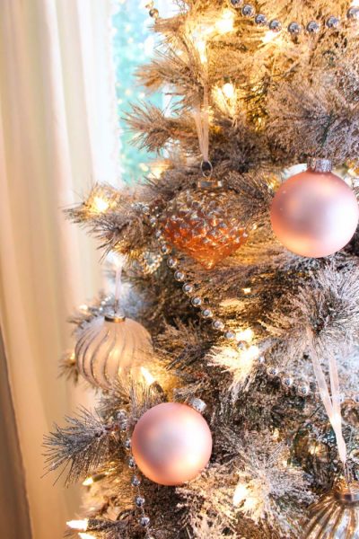 Decorated tree from The White Buffalo Styling Co.