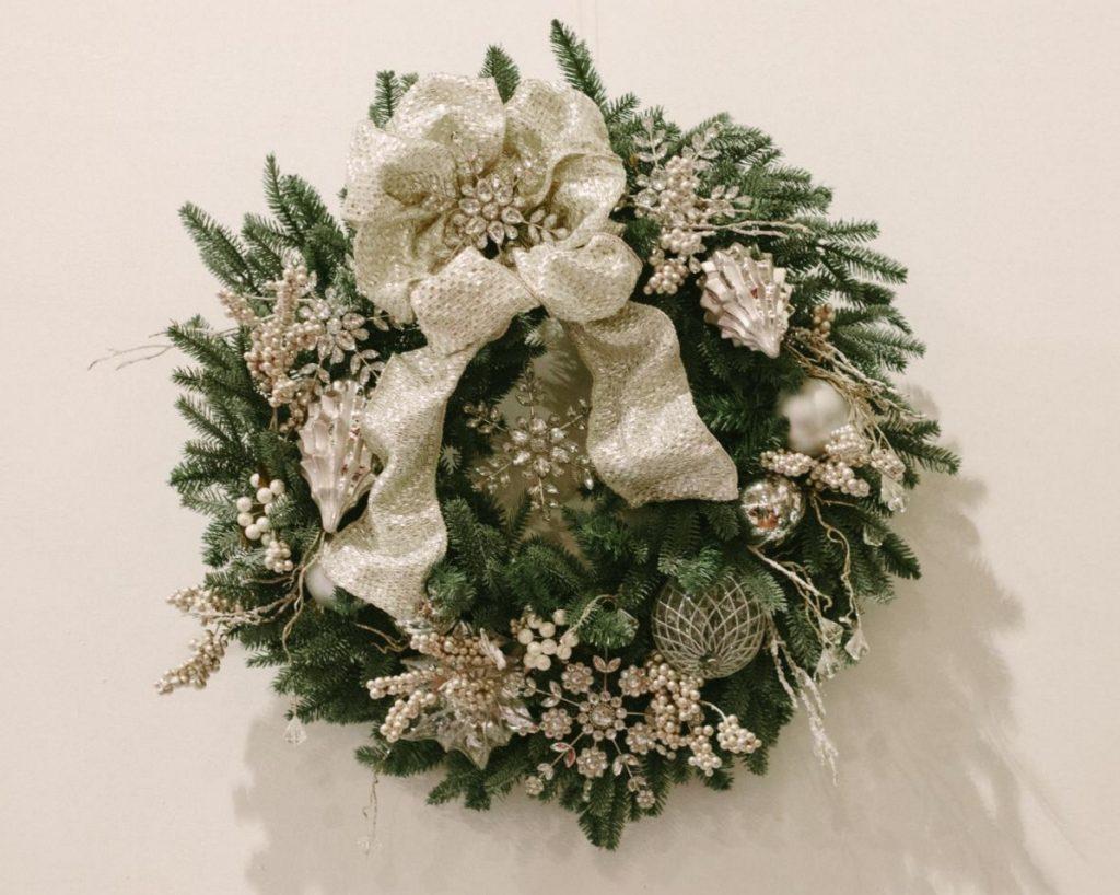 The winning wreath by Anne of Left Brain Craft Brain