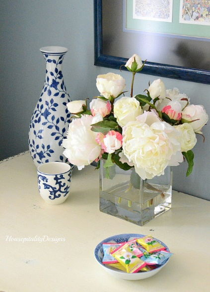 The simple elegance of roses lends refinement and grace