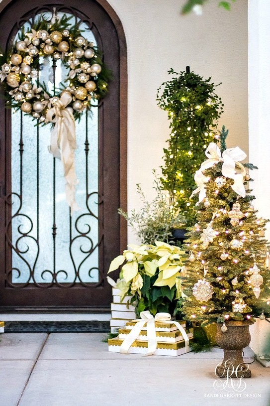 Silver And Gold Front Door Christmas Decorations. Photo Courtesy Of Randi  Garret Design