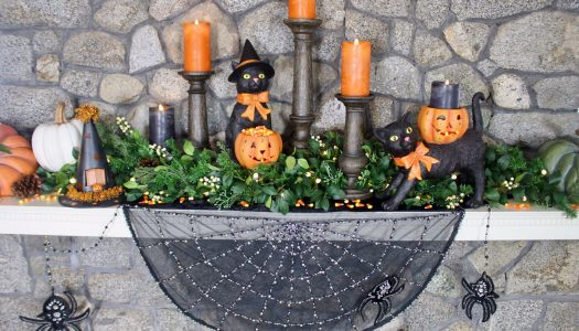 Halloween Mantel by Delilah