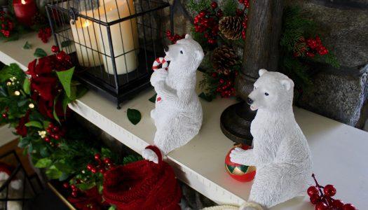 Delilah's Christmas Mantel Design 3