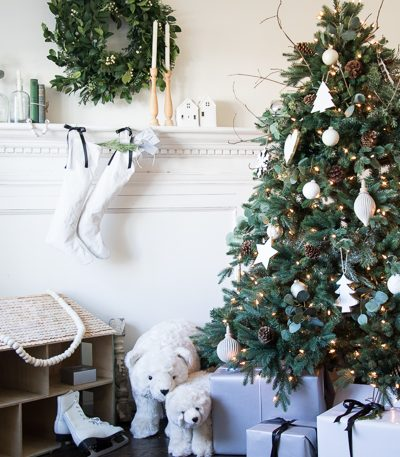 Standing Christmas Polar Bears