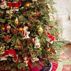 Mistletoe and Holly Ornament Set