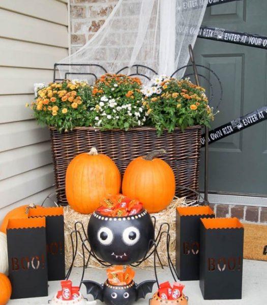 Halloween Luminaries & Vintage Halloween Candy Bowls