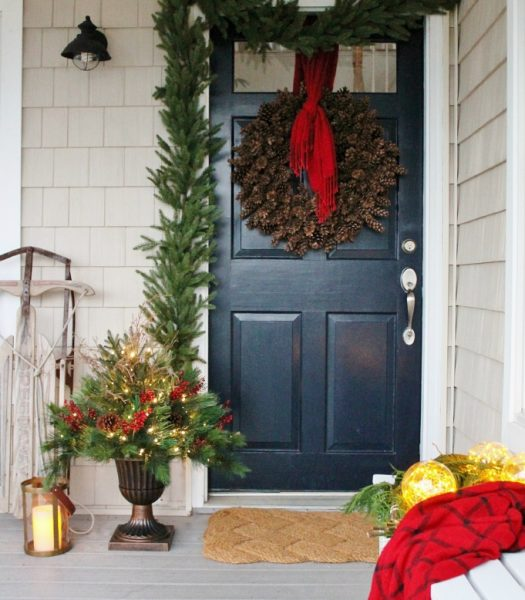 Foliage with Urn Planter, Stratford Spruce Garland, & LED Fairy Light Ornaments