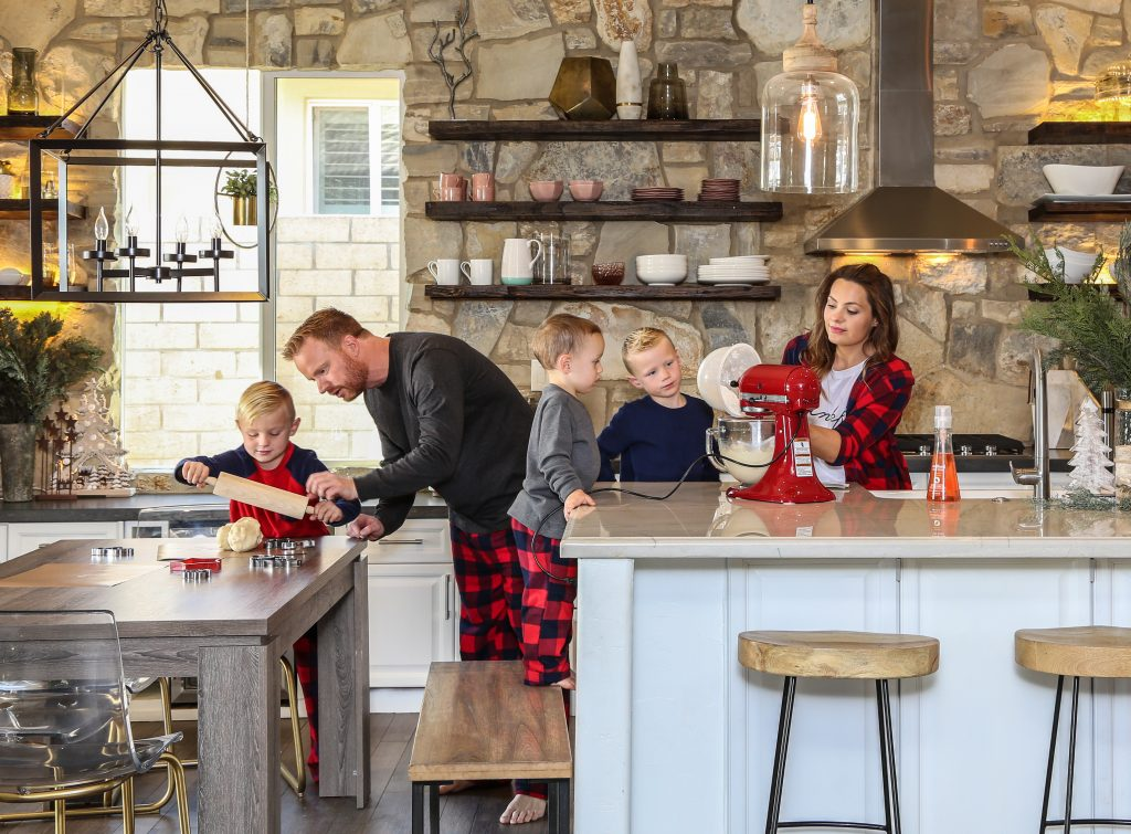 Eric and Lindsey Bennett of the Desert Flippers love to bake cookies as a family