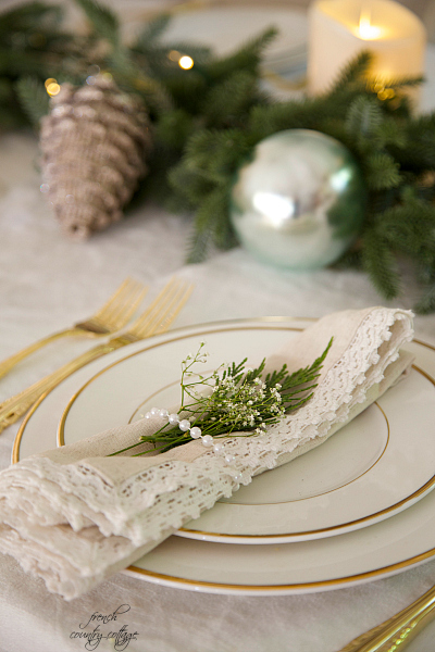 Christmas wedding tablescape