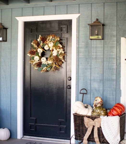 Fall decoration for front porch