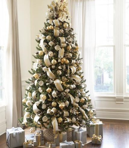 Brad Schmidt's Silver and Gold themed tree decor