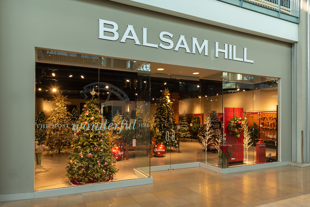 Balsam Hill seasonal store at Mall in Columbia