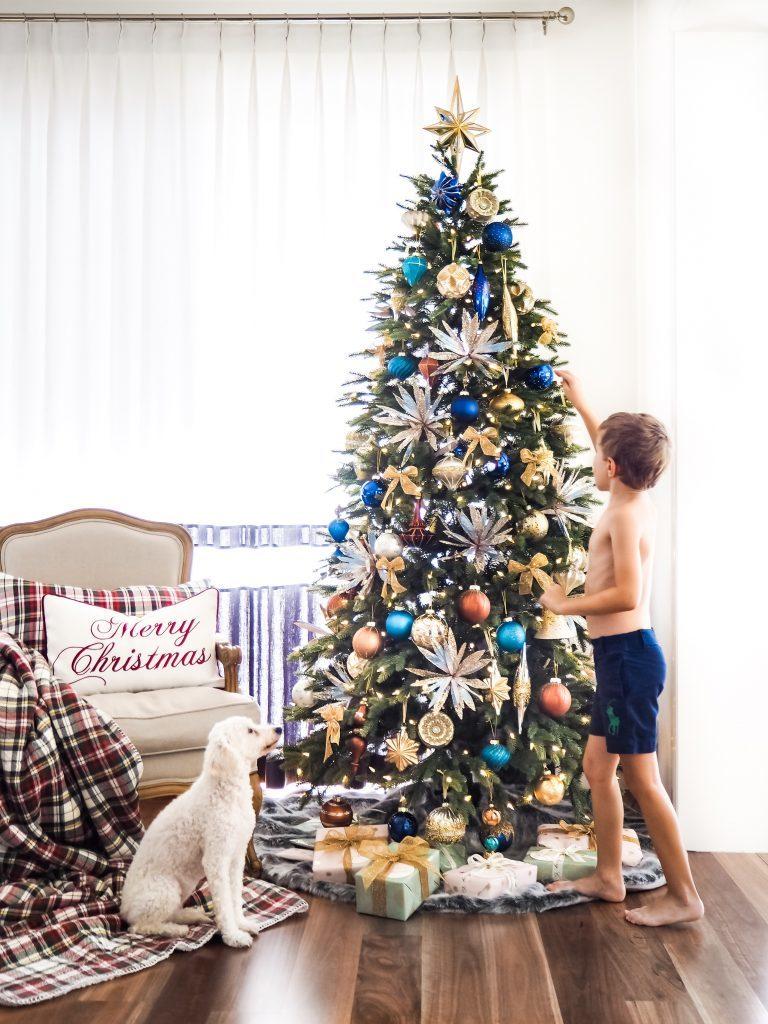 Metallic Christmas ornaments for a playful metallic Christmas tree theme decorating ideas