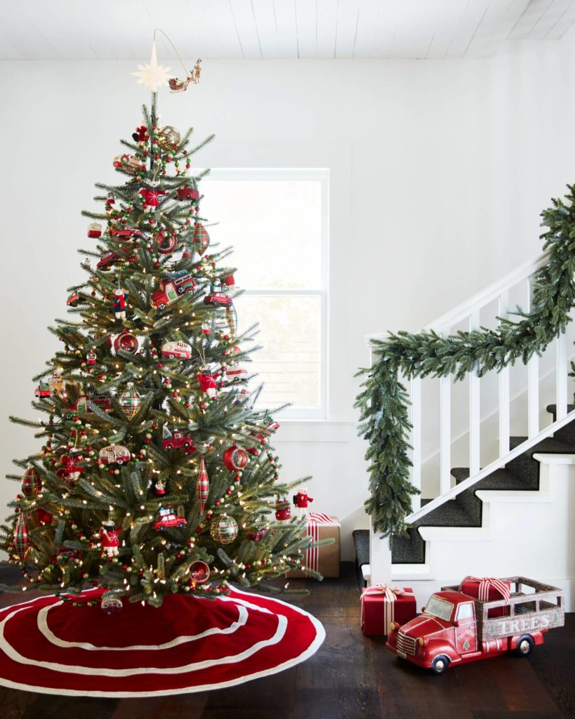 Balsam Hill Christmas trees clearance 7' pre-lit Sanibel Spruce
