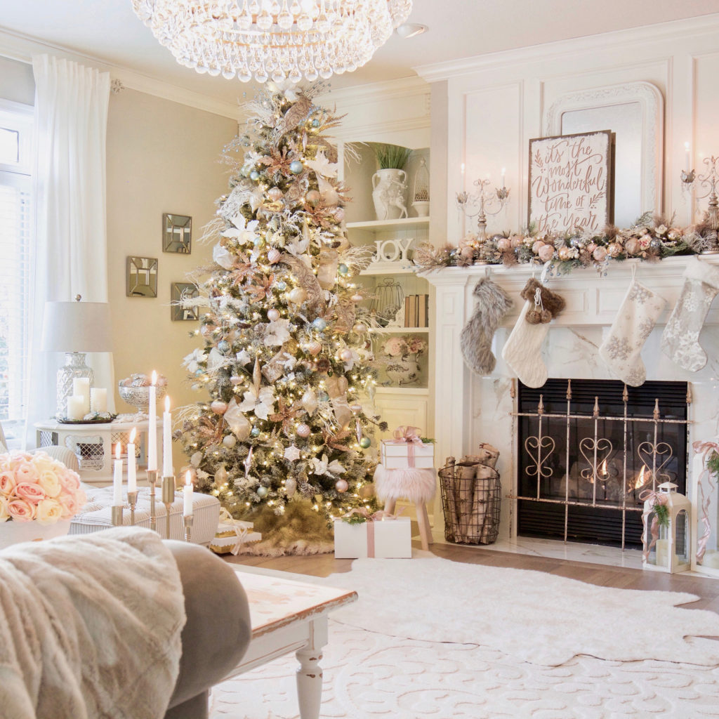 Romantic vintage Christmas tree theme ideas