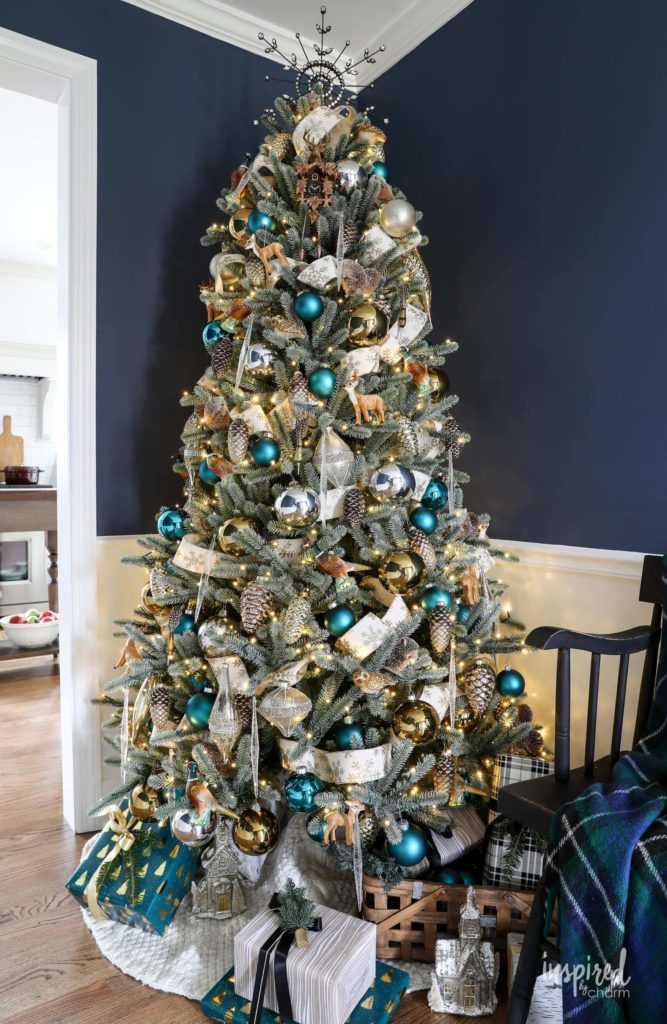 Woodland Glam Christmas Tree Theme Ideas